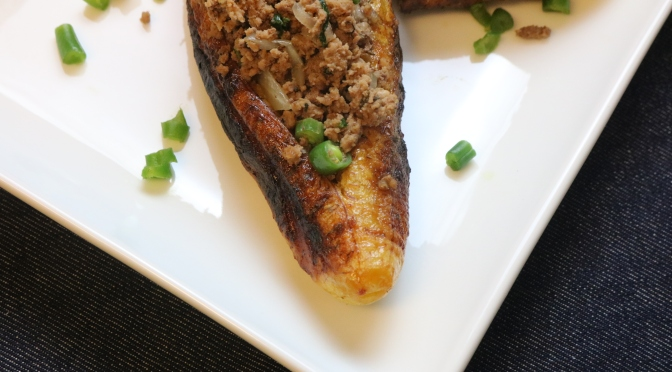 Canoe (Boat) Plantain Stuffed with Grounded Turkey